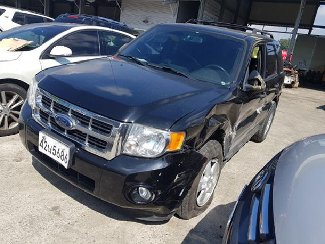 Salvage Car (Car Kit)  Ford ( Ford ) / Escape  ( 2010 year )