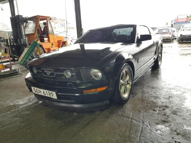 Salvage Car (Car Kit)  Ford ( Ford ) / Mustang  ( 2009 year )